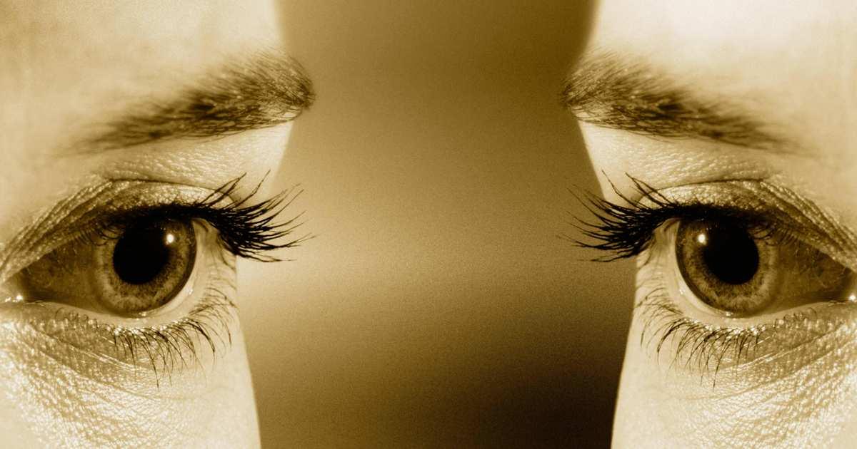 26-staring-eyes.w1200.h630.1x
