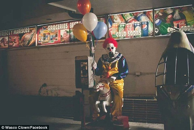 1412722615913_wps_13_murderous_death_clowns_st