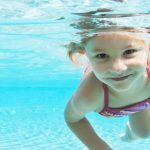 Chlorine in swimming pools transforms sunscreen into cancer-causing toxic chemical right on your skin