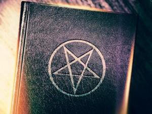 PentagramBook_SI