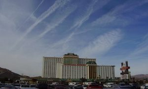 LAS-VEGAS-TRIBUNE-LINKS-MASS-ILLNESS-TO-CHEMTRAILS